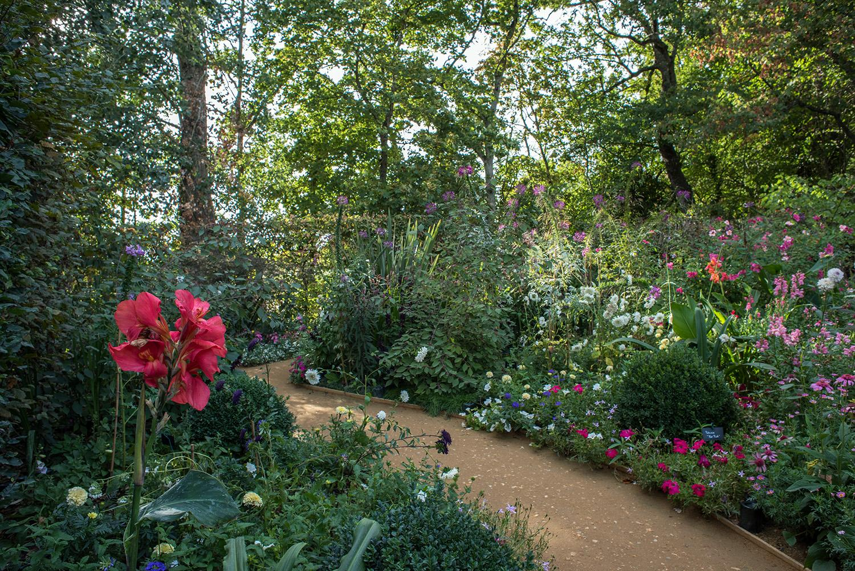 Le jardin des plantes oubli es domaine de chaumont sur loire - Jardin des plantes aix les bains ...