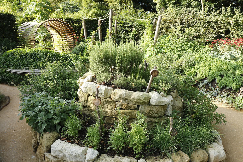Le jardin qui se savoure domaine de chaumont sur loire for Le jardin qui bouge