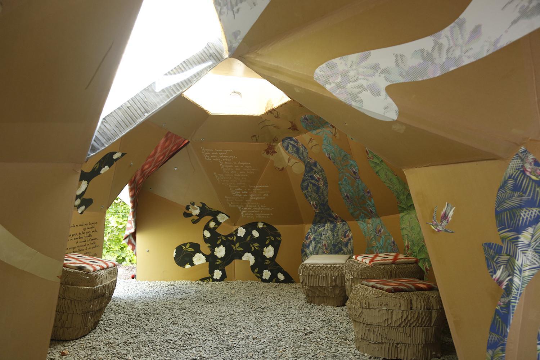 le jardin de la grotte domaine de chaumont sur loire. Black Bedroom Furniture Sets. Home Design Ideas