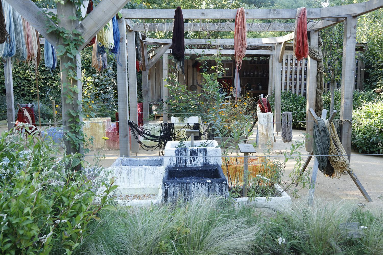 Le jardin du teinturier domaine de chaumont sur loire for Jardin singulier 2015