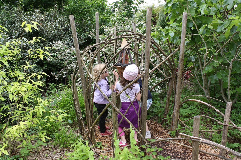 Le jardin des enfants domaine de chaumont sur loire for Le jardin ou l on s attarde